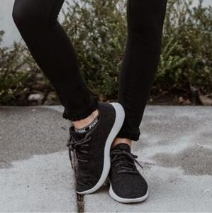 Allbirds Classic Wool Runners Tuke Jo Sneakers 9